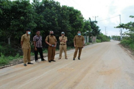 Monitoring dan Evaluasi (Monev) Pembangunan Infrastruktur Jalan di Kecamatan Kampar dan Tambang